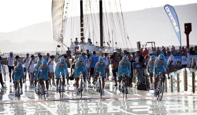 El equipo Astana ganó la primera etapa de la Vuelta a España 2013