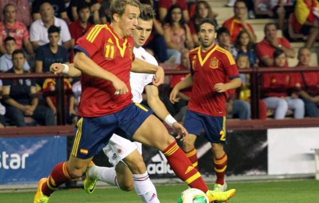 Deulofeu en acción durante el España-Albania