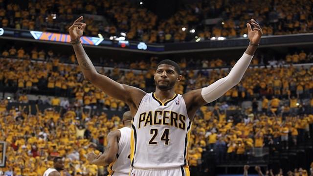 Paul George extiende su contrato con los Pacers