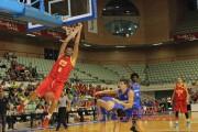 UCAM y Valencia ganan a Estudiantes y Unicaja en las Sportquarters Series de Murcia