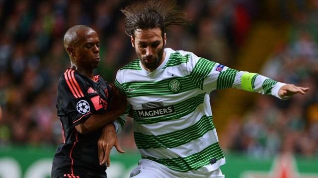 El Celtic venció al Ajax por 2-1
