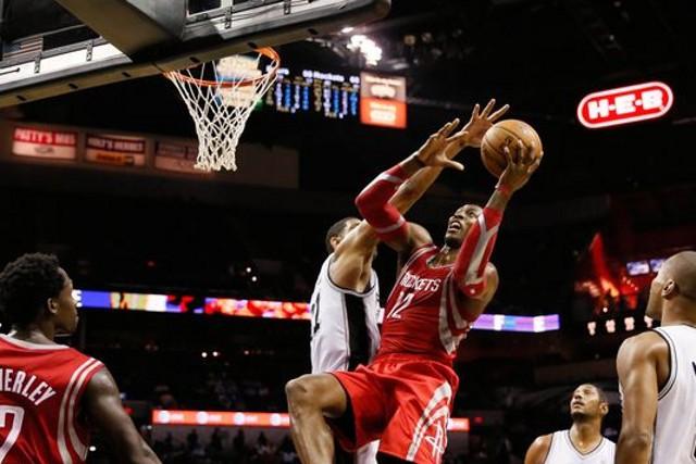 Con Howard, los Rockets se convierten en aspirantes al anillo