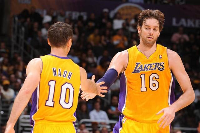 Gasol y Nash toman el testigo de Bryant como líderes de los Lakers
