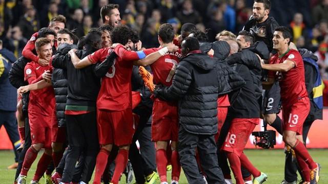 Portugal celebra su clasificación al Mundial de Brasil