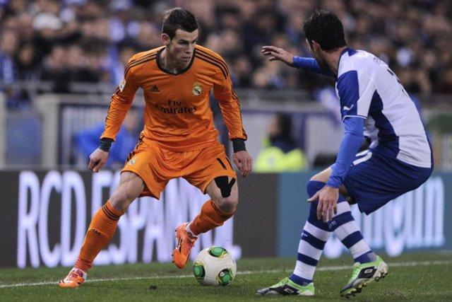 Bale en un lance del Espanyol - Real Madrid