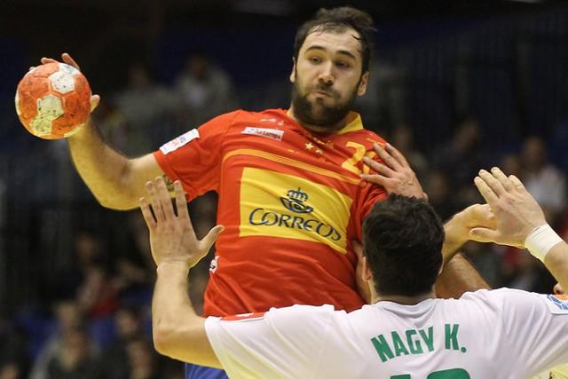 España debutó en el Europeo ganando a Hungría