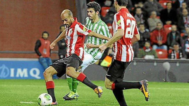Los goles de Mikel Rico meten en cuartos al Athletic