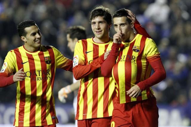 Tello le hizo tres goles al Levante en Copa