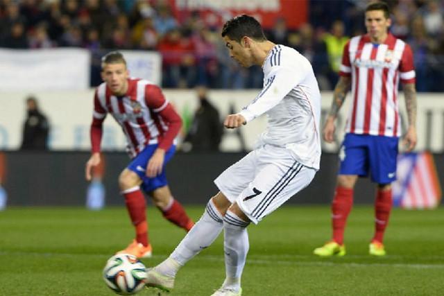 Cristiano lanza un penalty