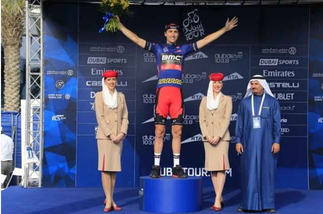Taylor Phinney en el podio del Tour de Dubai