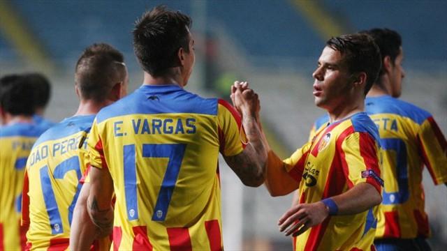 El chileno Vargas está haciendo goles con el Valencia