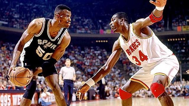 Robinson y Olajuwon protagonizaron grandes duelos en la NBA