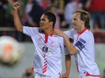 Europa League 2013-2014: el Sevilla apunta a Turín tras ganar 2-0 al Valencia