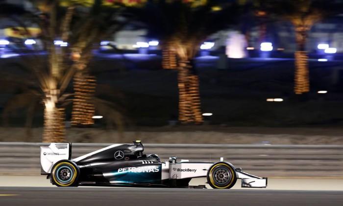 Mercedes-gana-Bahrein