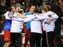 Copa Davis 2014: República Checa a semifinales, eliminatoria igualadas en Francia e Italia