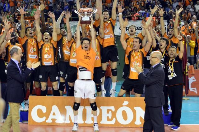 El Cai Teruel vuelve a ganar la liga de voleibol