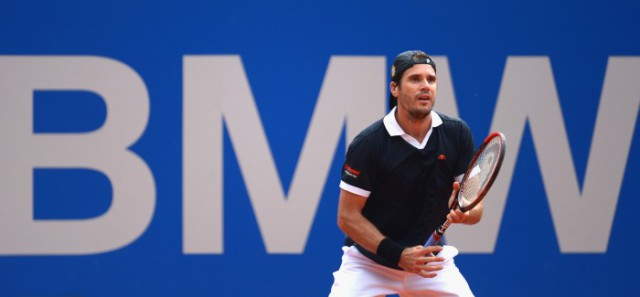 Haas a semifinales en Münich