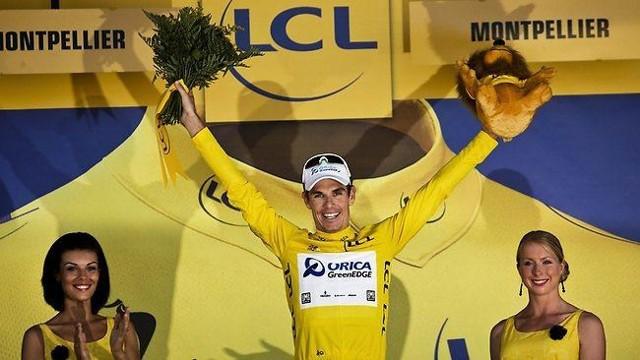 Impey vistió en 2013 el maillot amarillo en el Tour