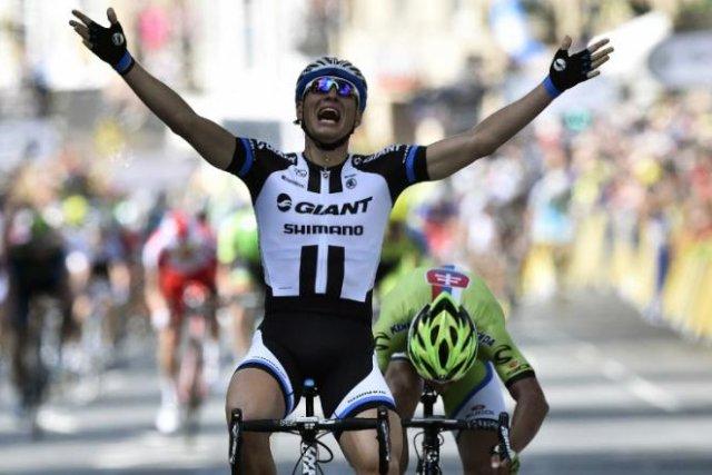 Kittel estrenó el Tour con una victoria