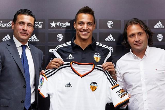 Rodrigo jugará como cedido en el Valencia