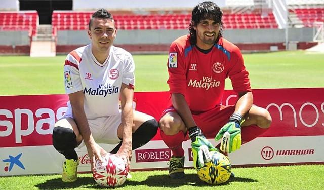 Iago Aspas y Barbosa son dos de los nuevos fichajes del Sevilla