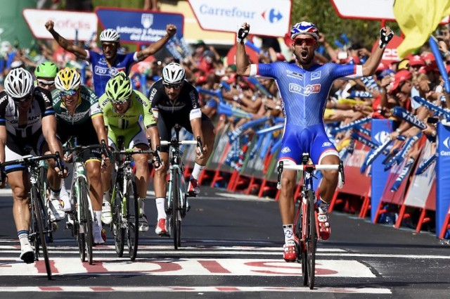 Bouhanni se impuso en el primer sprint de la Vuelta a España 2014