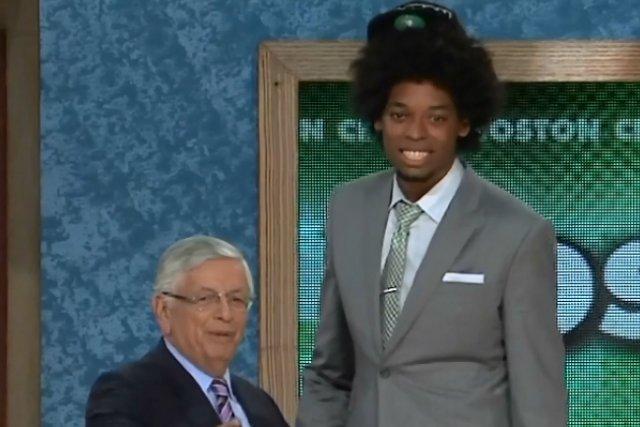 Nogueira fue elegido en el draft por los Celtics