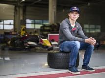 Max Verstappen pilotará para Toro Rosso en 2015, André Lotterer para Caterham en Spa