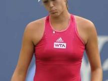 WTA Tokio 2014: Muguruza y Safarova a octavos; WTA Guangzhou 2014: Tita Torró a octavos