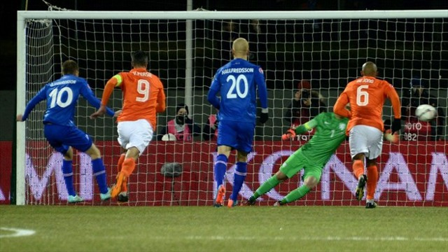 Islandia derrotó a Holanda, que suma ya dos derrotas