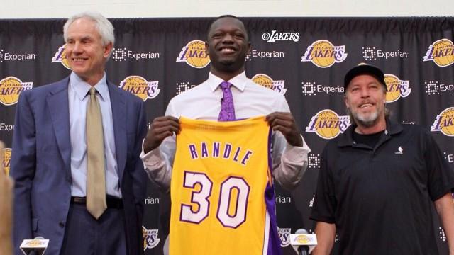 Randle se ha estrenado con muy mal pie en su temporada rookie