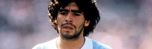 El 20 de octubre, el día en el que debutó Maradona