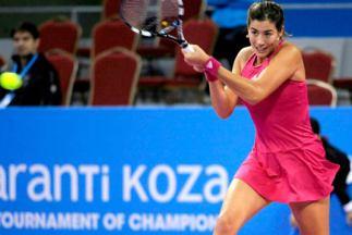 WTA Sofia 2014: Garbiñe Muguruza a semifinales remontando a Pennetta