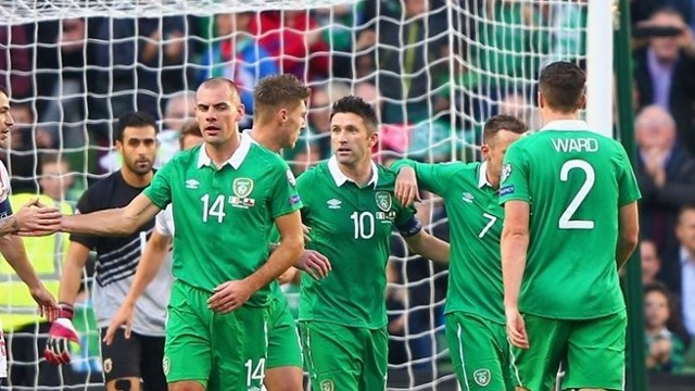 Keane sigue haciendo goles con la selección de Irlanda