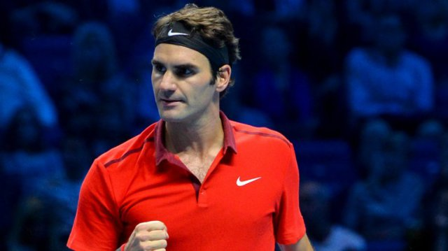 Federer bate a Raonic en Londres