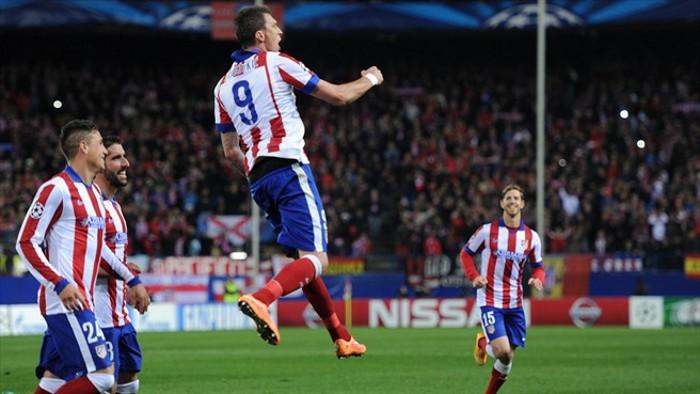 Mandzukic logró un hattrick con el Atlético en Champions