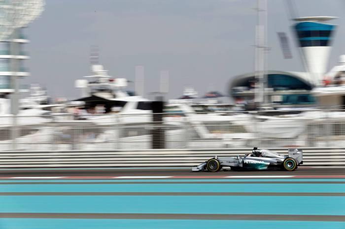 GP de Abu Dabi 2014 de Fórmula 1: Hamilton manda en los libres del viernes