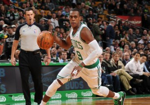 NBA: los Celtics traspasan a Rajon Rondo a Dallas