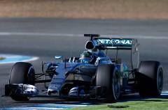Nico Rosberg se luce en Barcelona con Mercedes, mejora McLaren-Honda