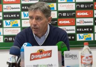 El Racing despide a Paco Fernández y ofrece el puesto a Munitis
