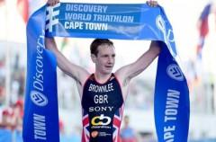 Alistair Brownlee gana en Ciudad del Cabo la cuarta prueba de las Series Mundiales 2015