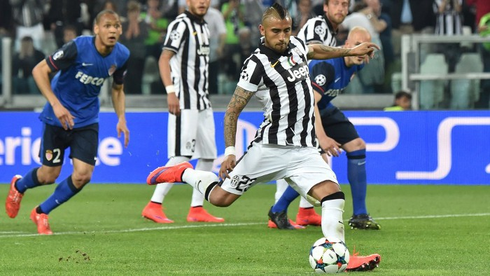 Vidal marcó de penalty el único gol en el Juve - Mónaco
