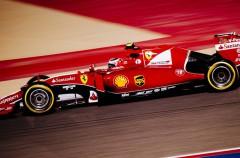 GP de Bahréin 2015 de Fórmula 1: Hamilton gana, podium de Raikkonen y Rosberg, Alonso 11º