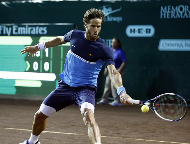 Lopez a cuartos de final en Houston
