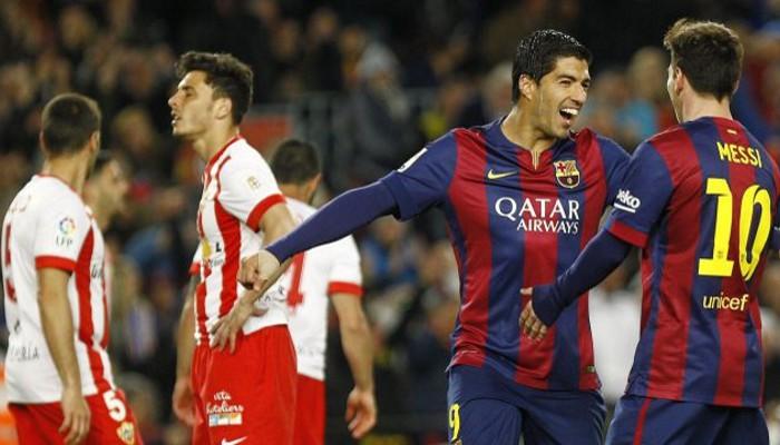 Luis Suárez marcó dos goles ante el Almería