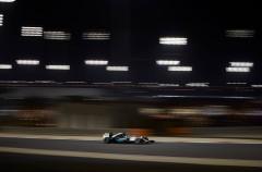 GP de Bahréin 2015 de Fórmula 1: pole para Hamilton, Sainz 9º, Alonso 14º y Merhi 19º