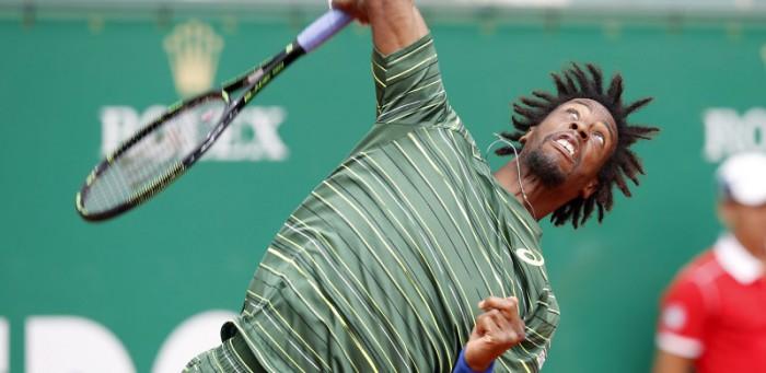 Monfils supera a Federer en Montecarlo