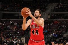 NBA: Nikola Mirotic se cuela en el quinteto ideal de los rookies
