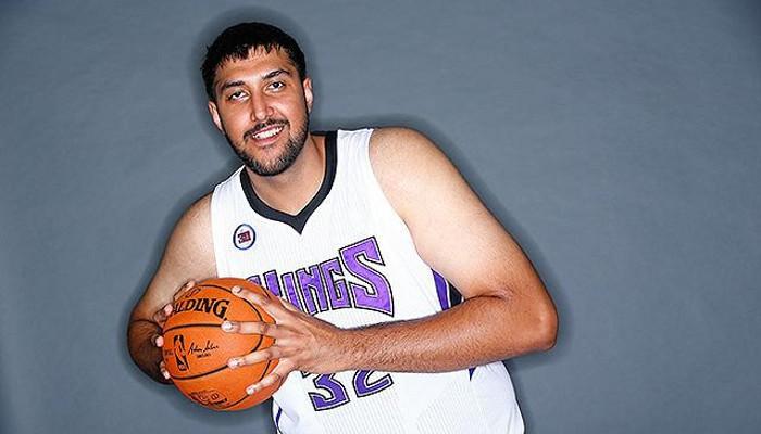 Sim Buhllar será el primer jugador de origen hindú en la NBA