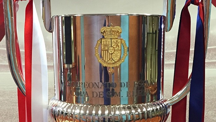 La Copa del Rey con el escudo de armas de Felipe VI